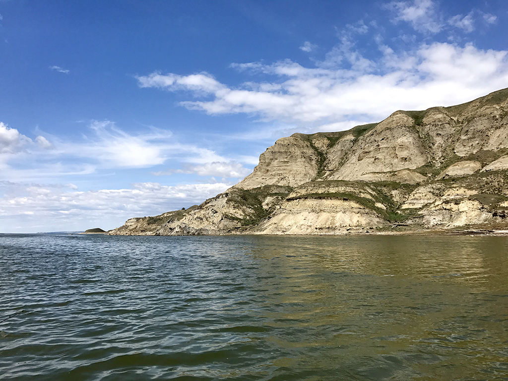 North Dakota Walleye Fishing Guide Sakakawea